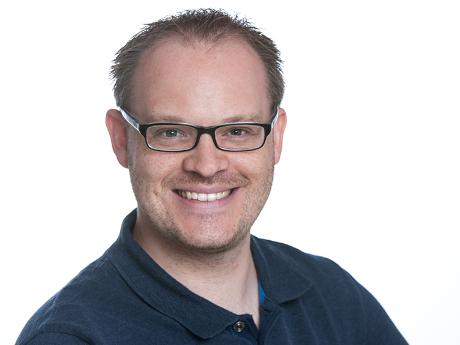 Absolvent Sascha Halfmann arbeitet als freiberuflicher Videojournalist und Dozent.