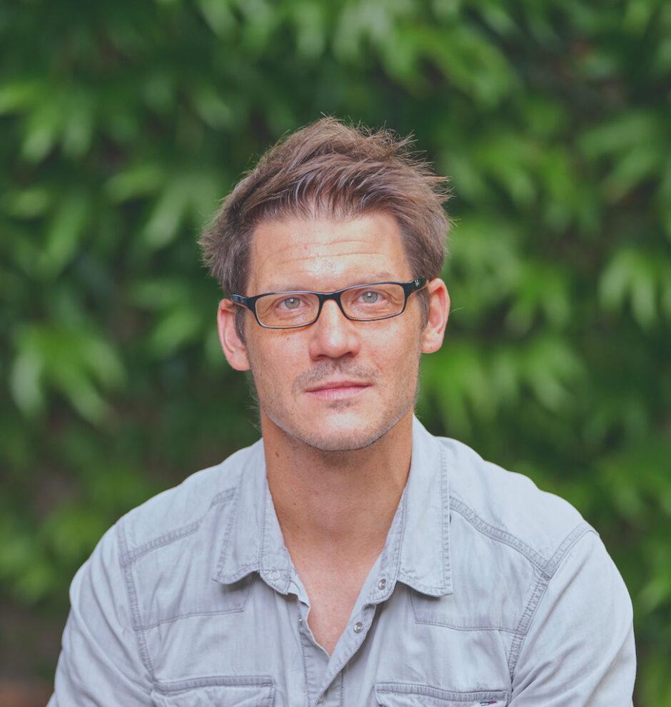 Prof. Dr. Torsten Schäfer
