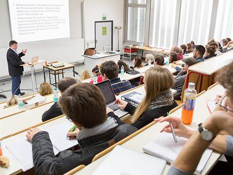 Journalismus Studierende an der Hochschule Darmstadt